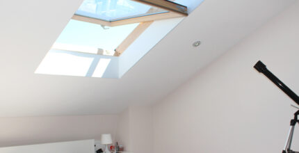 Pros and cons of having a skylight